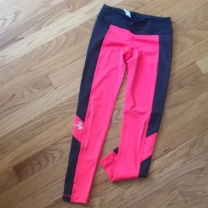 Girls under Armour leggings in great condition